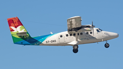 S7-DNS - Viking DHC-6-400 Twin Otter - Air Seychelles