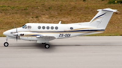 ZS-ODI - Beechcraft B200 Super King Air - Private