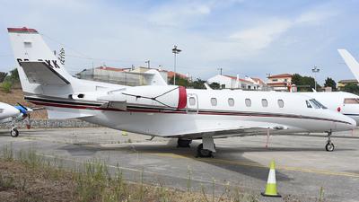 A picture of CSDXK - Cessna 560XLS Citation Excel - NetJets - © Thiago Almeida Denz