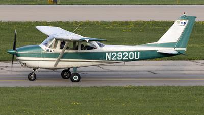 N2920U - Cessna 172D Skyhawk - Private