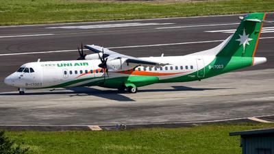 A picture of B17003 - ATR 72600 - UNI Air - © Oscar Ho