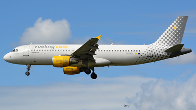 EC-HQL - Airbus A320-214 - Vueling Airlines
