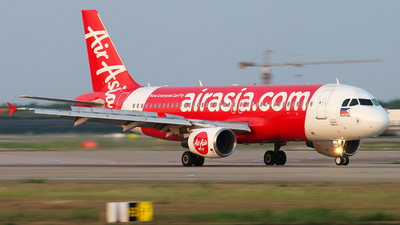A picture of RPC8964 - Airbus A320216 - AirAsia - © cmqmc
