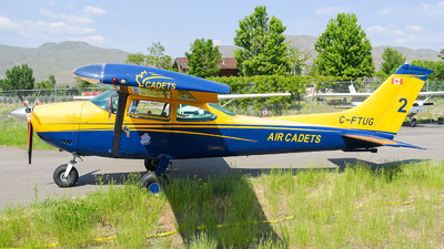 C-FTUG - Cessna 182P Skylane - Air Cadet League of Canada