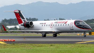 HI1034 - Bombardier CRJ-200ER - Air Century