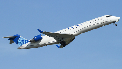 A picture of N524GJ - Mitsubishi CRJ550 - United Airlines - © Connor Cummings