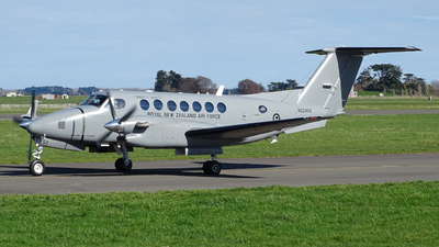 NZ2352 - Beechcraft B300 King Air 350 - New Zealand - Royal New Zealand Air Force (RNZAF)