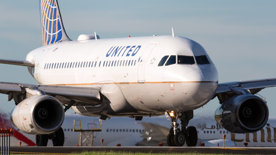 A picture of N802UA - Airbus A319131 - United Airlines - © Kevin Cargo