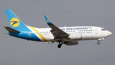 UR-GAK - Boeing 737-5Y0 - Ukraine International Airlines