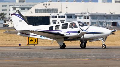 JA201H - Beechcraft 58 Baron - Hirata Gakuen