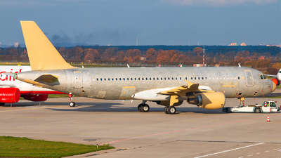 VP-BRZ - Airbus A320-214 - Untitled