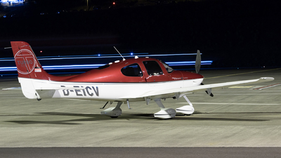 D-EICV - Cirrus SR22-GTS Turbo - Private