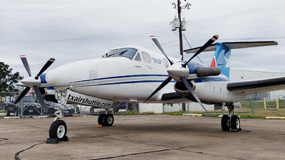N32TP - Beechcraft 200 Super King Air - Private