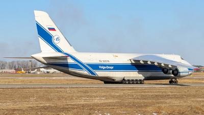 A picture of RA82079 - Antonov An124 - VolgaDnepr Airlines - © Mark Zhuravlev