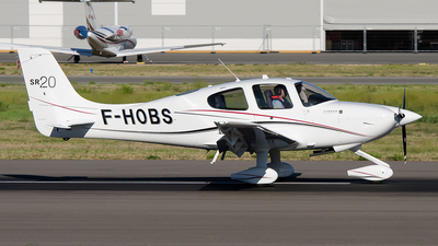 F-HOBS - Cirrus SR20-G3 - Private