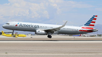 N136AN - Airbus A321-231 - American Airlines