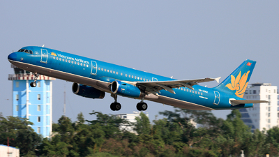 A picture of VNA362 - Airbus A321231 - Vietnam Airlines - © photogiap
