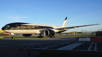 P4-SKN - Boeing 777-2FBLR - Equatorial Guinea - Government
