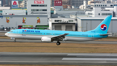 HL7725 - Boeing 737-9B5 - Korean Air