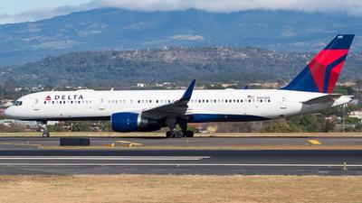 N685DA - Boeing 757-232 - Delta Air Lines