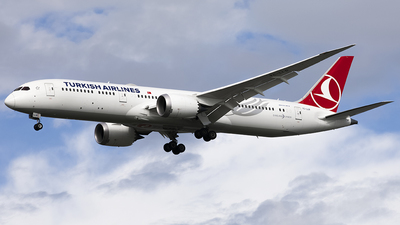 TC-LLB - Boeing 787-9 Dreamliner - Turkish Airlines