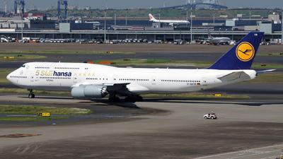 D-ABYM - Boeing 747-830 - Lufthansa