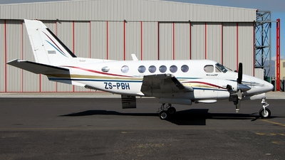 ZS-PBH - Beechcraft 100 King Air - Private