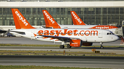 A picture of GEZAO - Airbus A319111 - easyJet - © Manuel Llama - Benalmadena Spotters