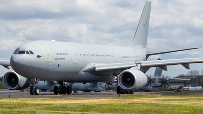 A picture of ZZ343 - Airbus KC2 Voyager (A330243MRTT) -  - © James Dinsdale