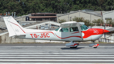 TG-JSC - Cessna R172K Hawk XP - Private