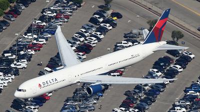N843MH - Boeing 767-432(ER) - Delta Air Lines