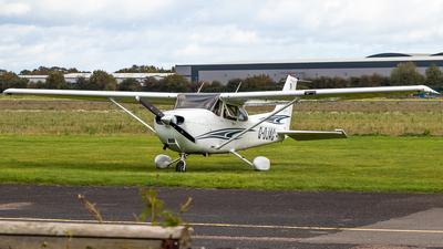 G-OJAG - Cessna 172S Skyhawk SP - Private