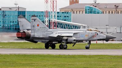 RF-90895 - Mikoyan-Gurevich MiG-31BM Foxhound - Russia - Air Force