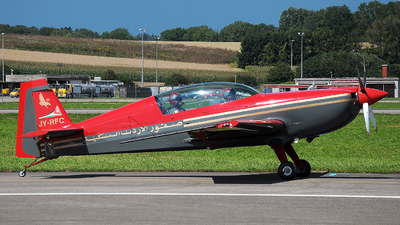 JY-RFC - Extra EA 300LP - Royal Jordanian Falcons