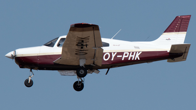 OY-PHK - Piper PA-28-161 Warrior III - Private