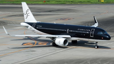A picture of JA25MC - Airbus A320214 - Starflyer - © tomobile