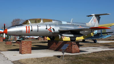 11 - Aero L-29 Delfin - Bulgaria - Air Force