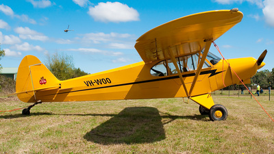 VH-WOO - Piper PA-18-150 Super Cub - Private