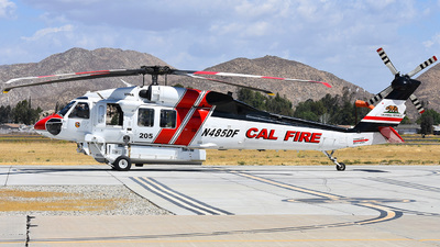 N485DF - Sikorsky S-70i Blackhawk - United States - California Department of Forestry