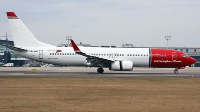 LN-NHF - Boeing 737-8JP - Norwegian