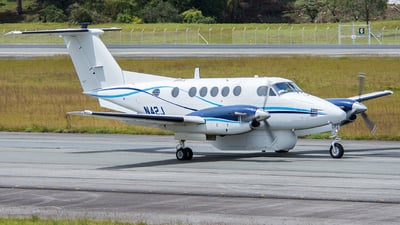 N42J - Beechcraft 200 Super King Air - Dynamic Avlease