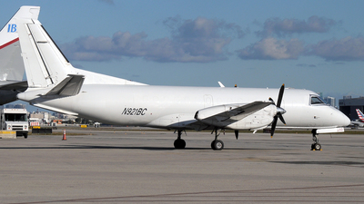 A picture of N921BC - Saab 340A - IBC Airways - © Paul Denton