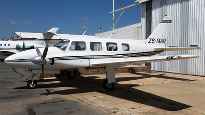 ZS-MAR - Piper PA-31-310 Navajo - Private