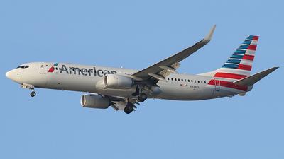 N339PL - Boeing 737-823 - American Airlines