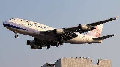 B-18212 - Boeing 747-409 - China Airlines