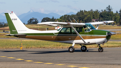 CF-DKX - Cessna 172K Skyhawk - Private