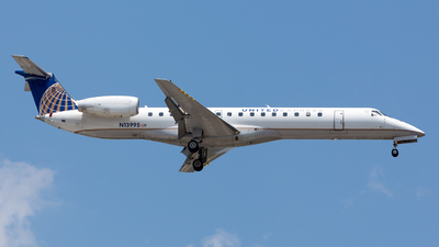 N13995 - Embraer ERJ-145LR - United Express (ExpressJet Airlines)
