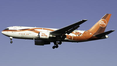 A picture of N999YV - Boeing 767241(ER)(BDSF) - 21 Air - ©  Sebastian Colaizzi