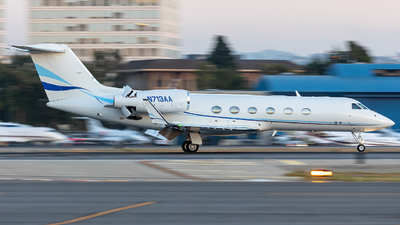N713AA - Gulfstream G450 - Private