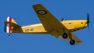 VH-CZB - De Havilland DH-94 Moth Minor - Private